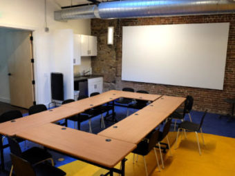 Educational space with conference tables